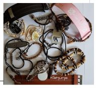KAHUNA JEWELLERY CLEARANCE JOB LOT 100 PCS x 1